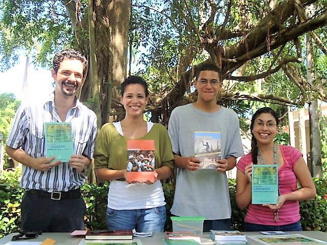 Members of the Sargasso team promoting the journal at UPR-RP
