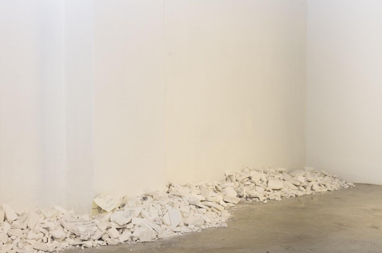 Detalle de la obra Reafirmar: Certifico que puedo pintar de Lala Juana