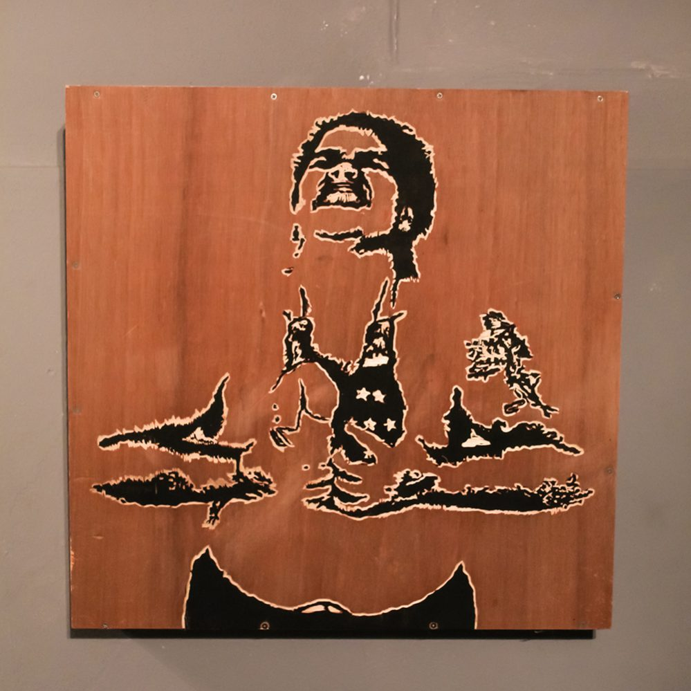 "Lilliam Nieves, Commonwealth, 2019, madera tallada y tinta 24"" x 24"""